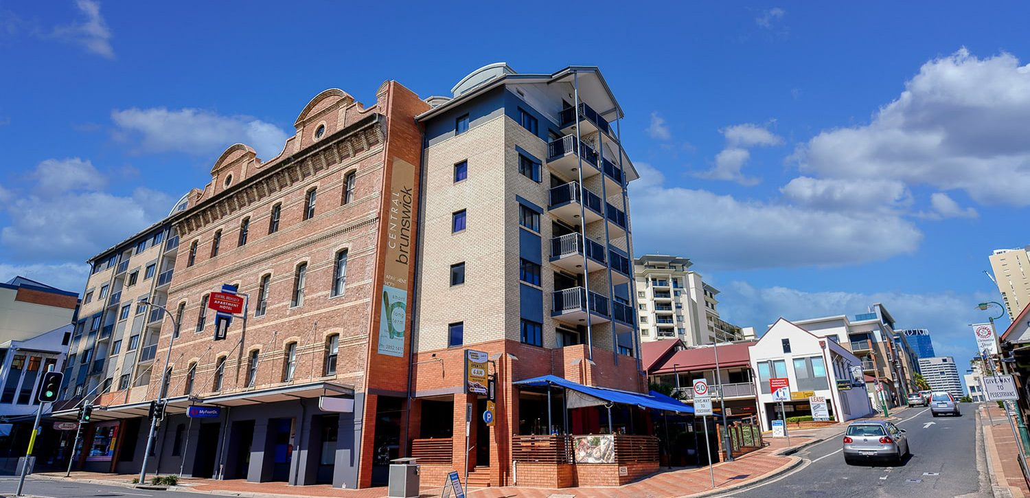 fortitude-valley-apartment-accommodation-brunswick-building-side-view | Central Brunswick Apartment Hotel